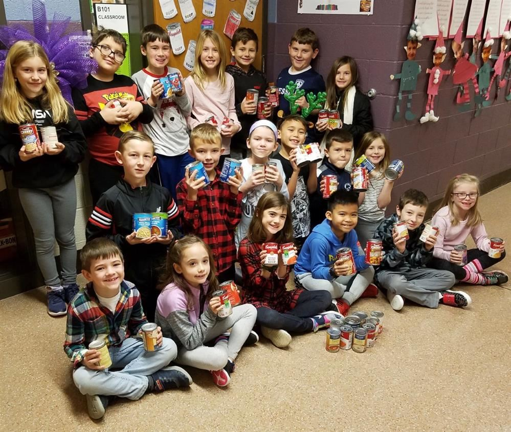 Holiday Service Project at Dillsburg Elementary