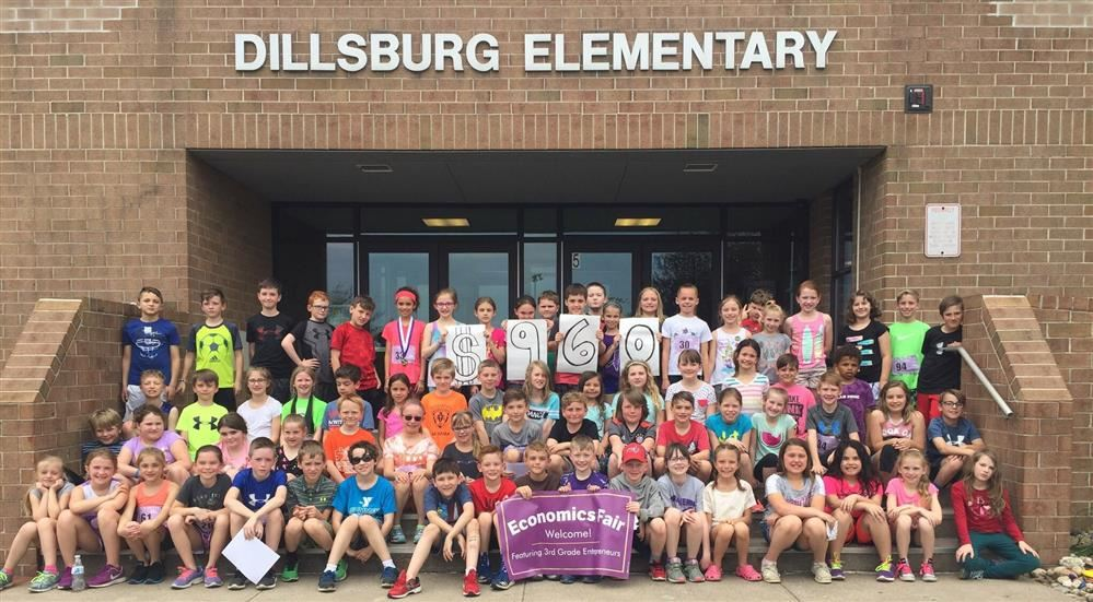 Dillsburg Elementary Third Grade Hosts Economics Fair