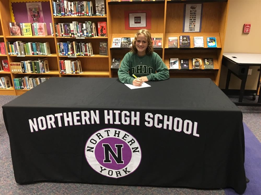NHS Seniors Sign Letters of Intent